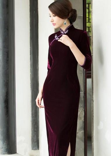 旗袍女人 中国女人风韵 庞哲女装高档旗袍当知