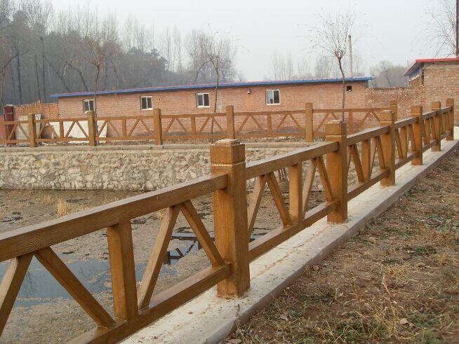广州仿木栏杆,水泥仿木树桩,广州仿木围栏