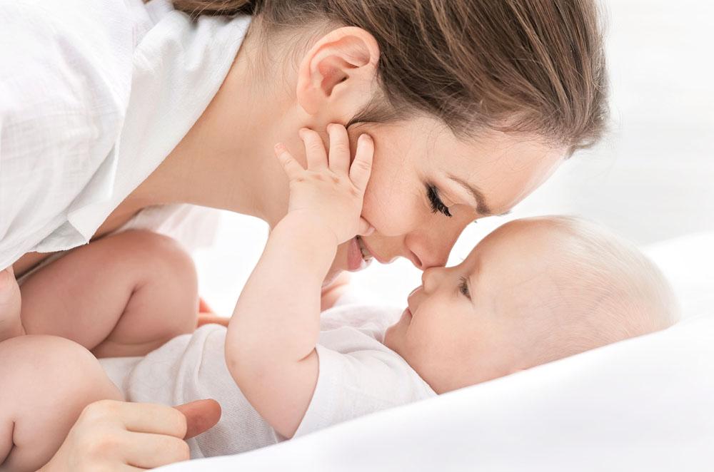母婴护理图片_母婴护理加盟6大要求母婴护理加盟母婴护理