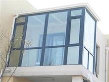 买新式的烟台封包阳台优选恒宇置业铝塑门窗——烟台断桥铝封包阳台供应