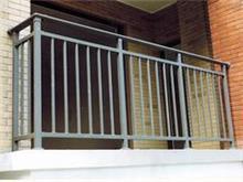 有品质的阳台护栏兰州御玛栏金属制品供应 新疆铁艺护栏加工