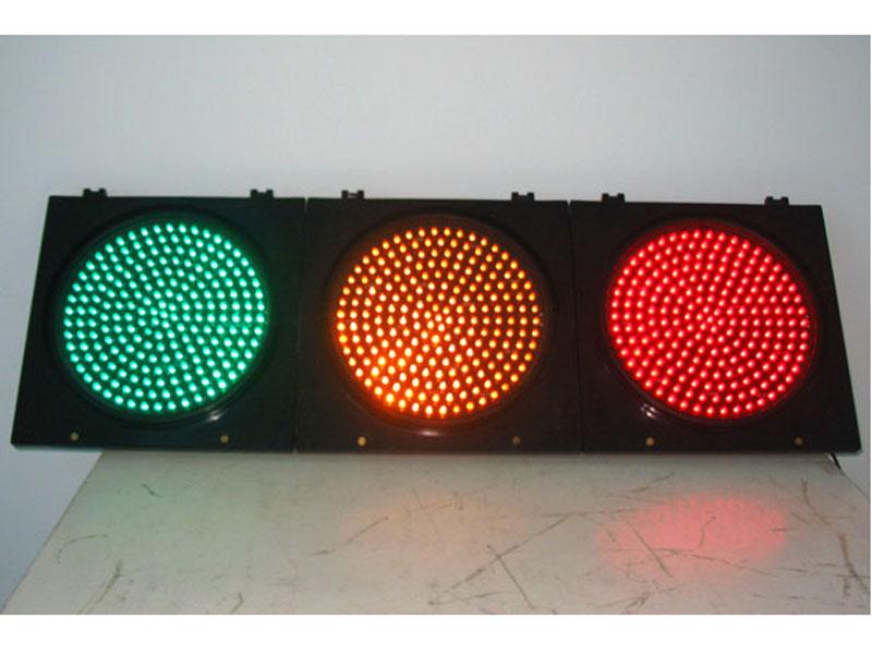 恒畅-信号机故障检测器@56路信号控制机&八棱信号灯杆件