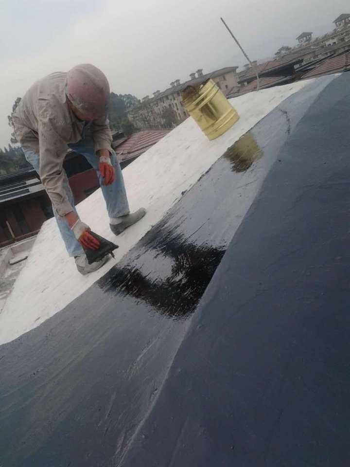 三乡镇平东别墅区屋顶聚安脂涂料防水工程