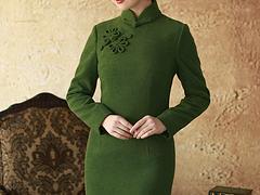 美丽女人性感优雅,高档旗袍礼服美泰来专业厂家量身定做